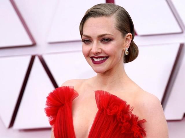 Amanda Seyfried dankt Brad Pitt für die richtige Aussprache ihres Namens bei Oscars
