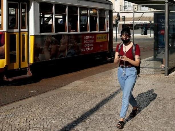 Infektionszahlen: Corona: Portugal hebt die Maskenpflicht im Freien auf