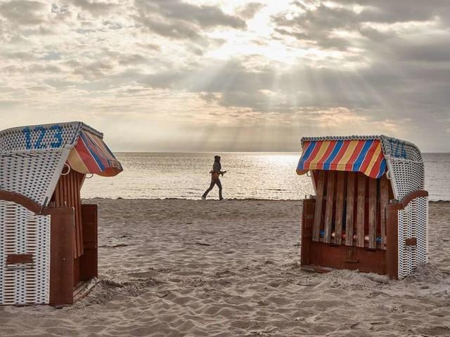 Ostsee-Ort Scharbeutz führt Alkoholverbot ein, weil Jugendliche randalieren