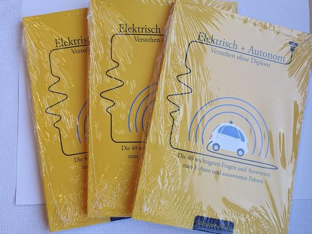 """Gewinnspiel: Buch """"Elektrisch + Autonom"""""""