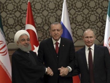 Reaktionen auf die Türkei-Wahl: Glückwünsche und Forderungen nach Kurswechsel