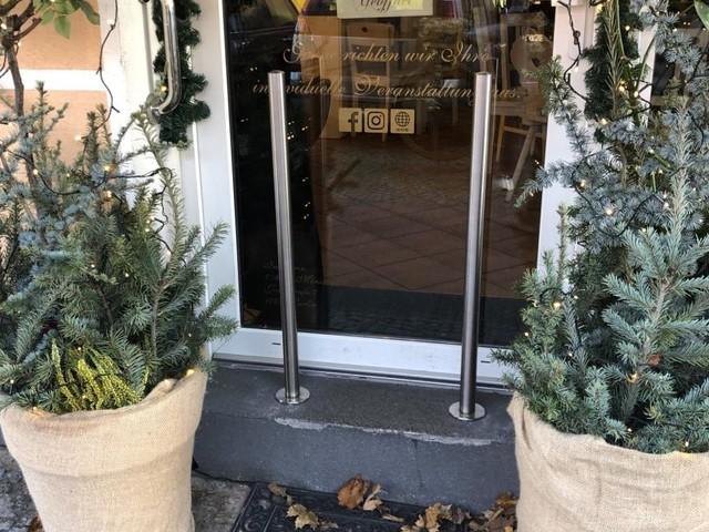 Shitstorm: Café installiert Poller gegen Kinderwagen