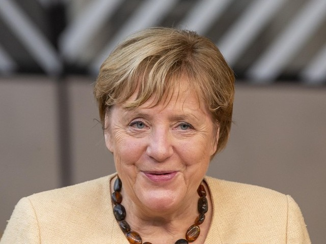 """Wie Paris ohne Eiffelturm"": EU-Gipfel verabschiedet Merkel"