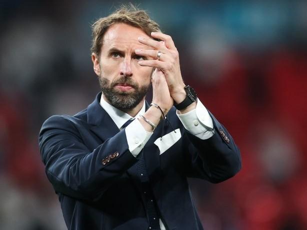 EM 2021: Kritik an England-Trainer Southgate nach Elfmeter-Niederlage