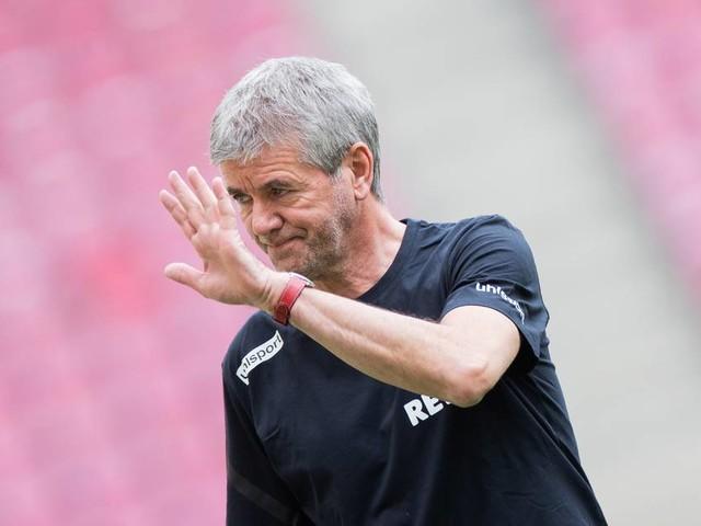 Klassenerhalt und Heldt-Entlassung: Funkel kritisiert Führung des 1. FC Köln, bietet aber weitere Mitarbeit an