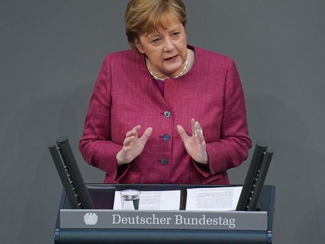 Merkel, Macron und ukrainischer Präsident fordern russischen Truppenabzug
