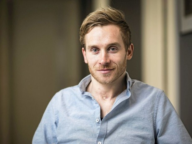 Querschnittslähmung: Samuel Koch kann wieder stehen – dank dieser Erfindung