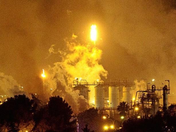 Unglück: Spanien: Ein Mensch stirbt nach Explosion in Chemiefabrik