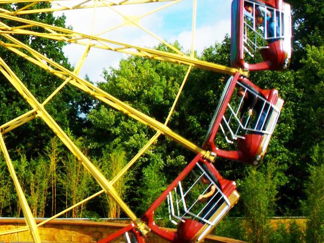"Heide Park schließt Enterprise-Fahrgeschäft ""El Sol"" zur Saison 2018"