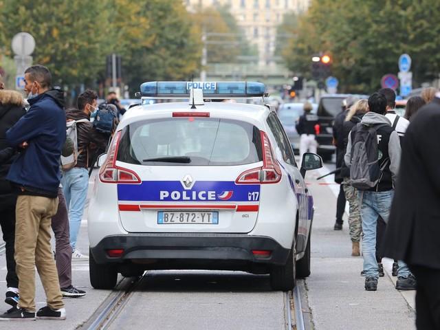 """Avignon: Mutmaßlicher Angreifer trug Jacke der rechtsextremen """"Identitären"""""""