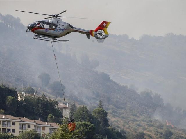 Naturkatastrophen in Europa: Brände bei Rom, Hitzewelle in Spanien, Überflutung in der Türkei