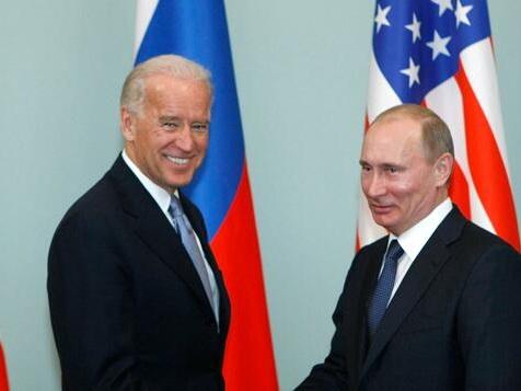 Biden schlägt Putin in Telefonat Gipfeltreffen vor