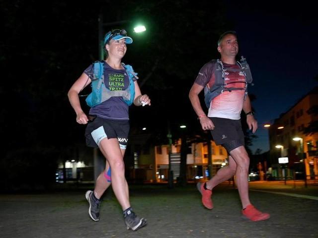 Extremsportlerin: 250-Kilometer-Lauf: Steffi Saul kämpft gegen Hitze