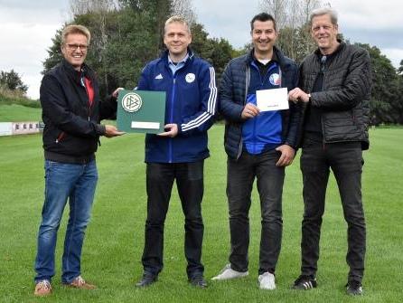 100 Jahre Fußball: DFB zeichnet SVT Neumünster aus