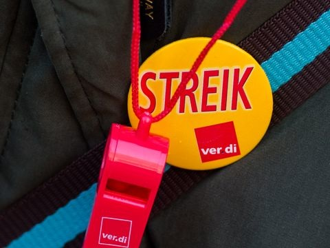 Streik verschärft Tarifkonflikt im privaten Busgewerbe