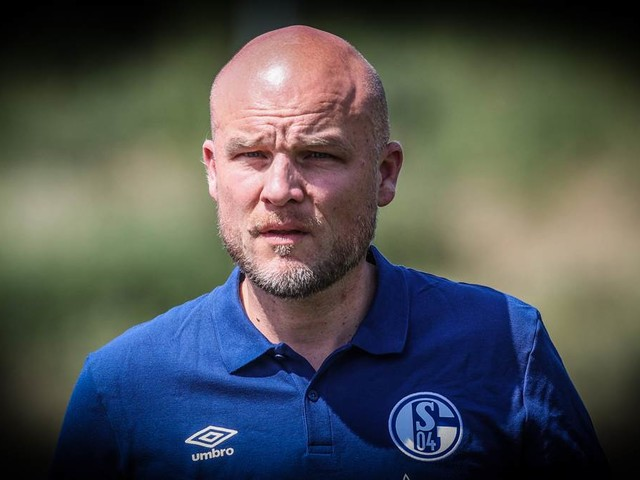 """S04-Sportdirektor Schröder gibt Kader-Update: """"Jungs wollen andere Challenge"""""""