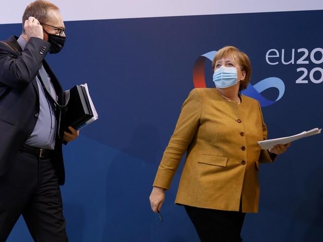 Nach Pressekonferenz: Merkel sorgt mit Verabschiedung für Lacher