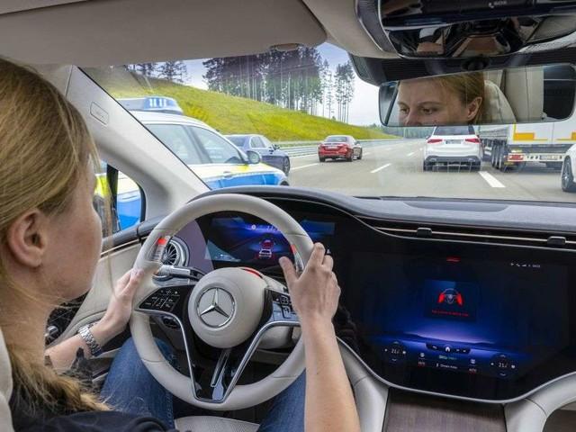 Daimler: Fortschrittlichster Autopilot soll Ende des Jahres zum Einsatz kommen