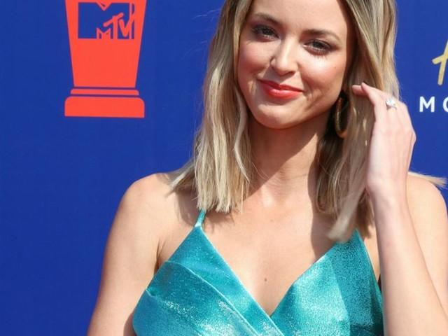 """Kaitlynn Carter: Öffentliche Trennung von Miley Cyrus war """"hart"""""""