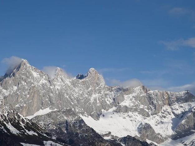 In die Tiefe gestürzt: Deutsche Touristin in den Alpen tödlich verunglückt