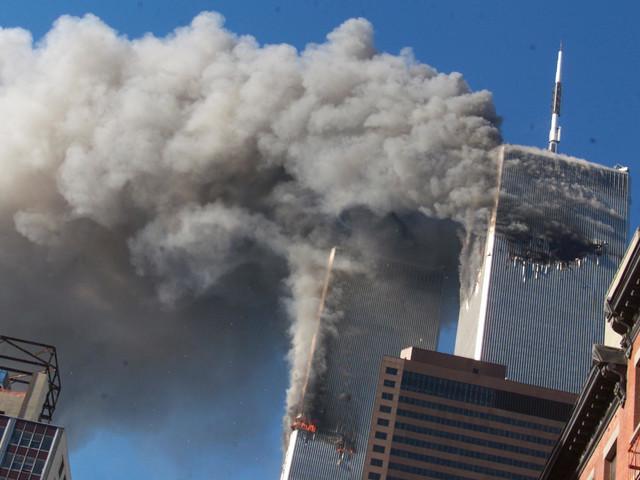 Emotionale Bilder von 9/11: USA gedenken Anschlagsopfern vom 11. September 2001