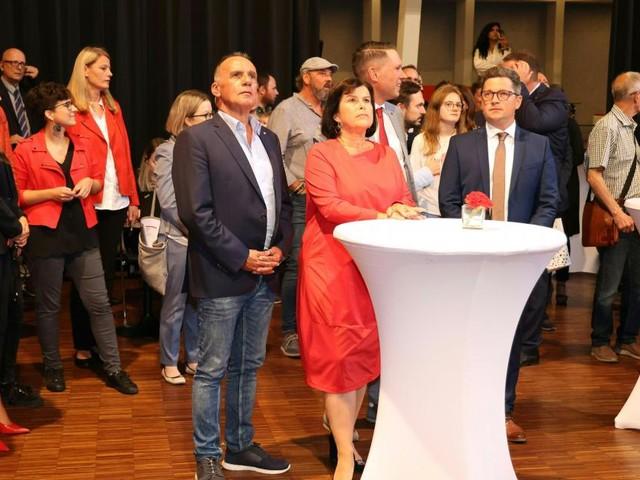 FPÖ und SPÖ reagieren nach Verlusten zurückhaltend