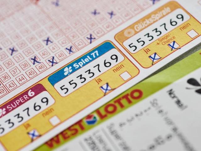Australierin vergisst Lottoschein im Lockdown: Millionengewinn