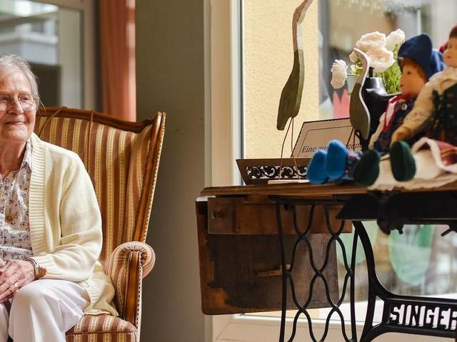 97 Jahre zuhause: Die nähende Heimatdichterin aus Korschenbroich