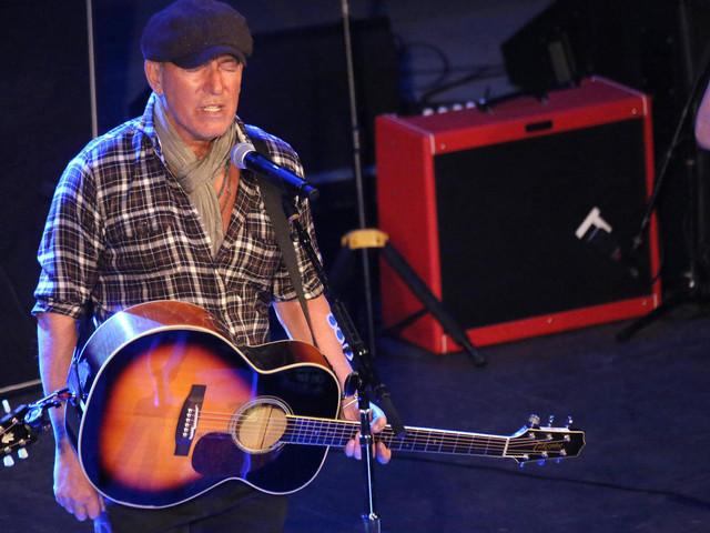 AstraZeneca-Geimpfte dürfen nicht auf Bruce-Springsteen-Konzert