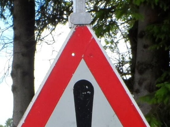 Deutsche Straßen - Oft nur noch Flickwerk