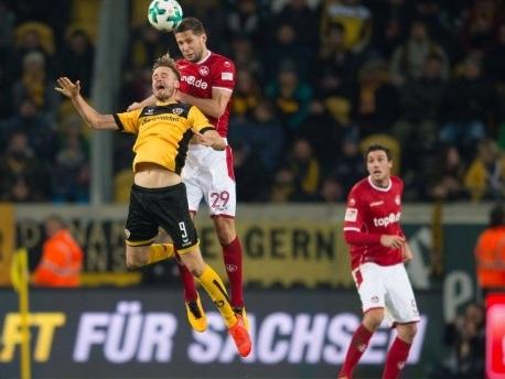 Zweite Bundesliga: Last-Minute-Sieg für Kaiserslautern in Dresden