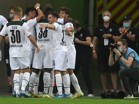 Bundesliga: BVB verliert in Gladbach - Leipzig zerlegt die Hertha