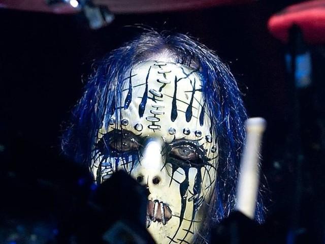 Joey Jordison: Ehemaliger Slipknot-Drummer im Alter von 46 Jahren gestorben