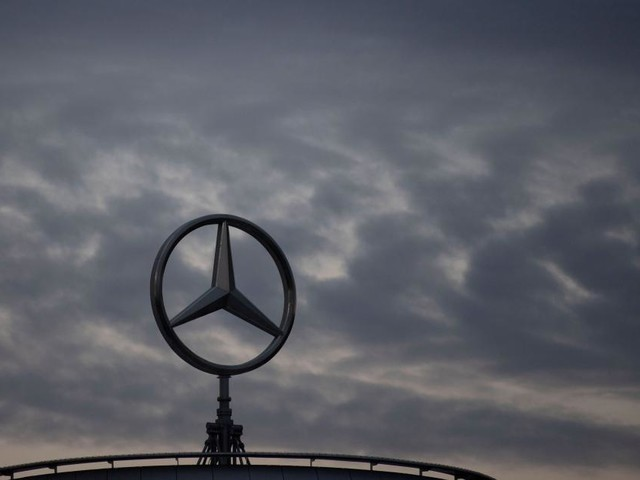 Fast 2.000 Daimler-Beschäftigte gehen freiwillig
