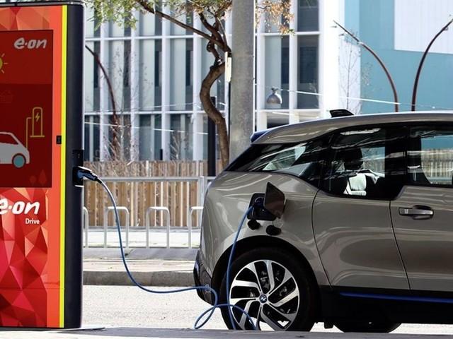 E.ON: Verfügbare Ladestationen könnten dreimal so viele Elektroautos versorgen