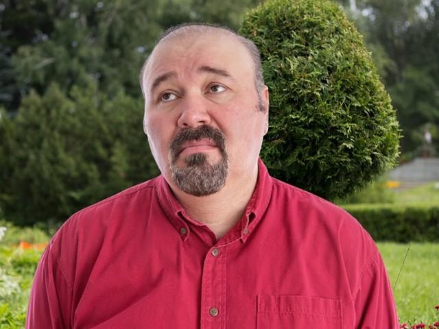 Drohender Atomkrieg: Mann (42) unsicher, ob sich Rasenmähen noch lohnt