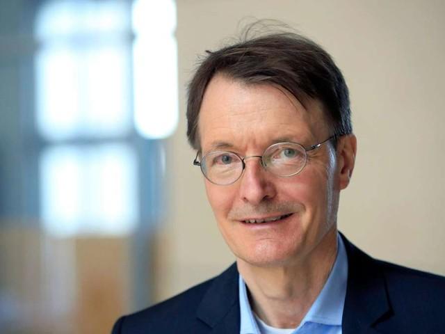 """Karl Lauterbach äußert sich zu Delta-Variante: """"Wird im Herbst die dominierende Rolle spielen"""""""