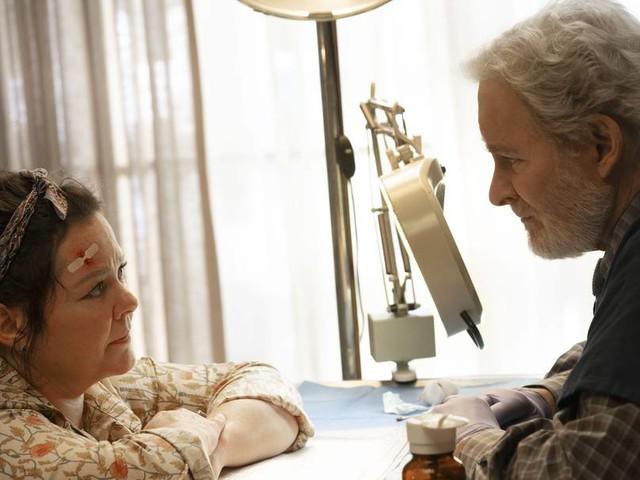 """Einer flog übers leere Nest – Melissa McCarthy und Kevin Kline in Netflix' Tragikomödie """"Der Vogel"""""""