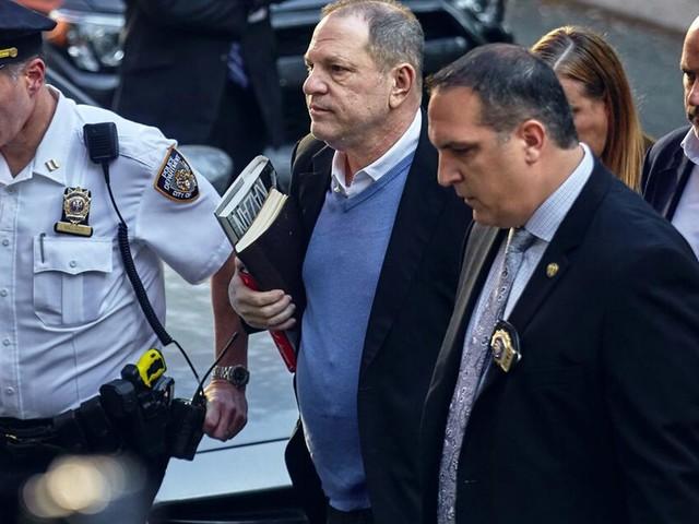 Anklage gegen Harvey Weinstein: Diese Strafe droht dem Hollywood-Mogul