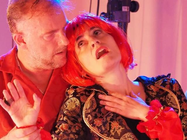 Sterben muss Jedermann auch als Frau: Sommertheater in Rodaun