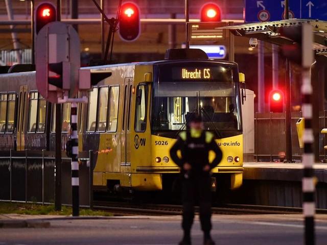 Drei Tote bei Attacke in Utrecht - Polizei nimmt dritten Verdächtigen fest