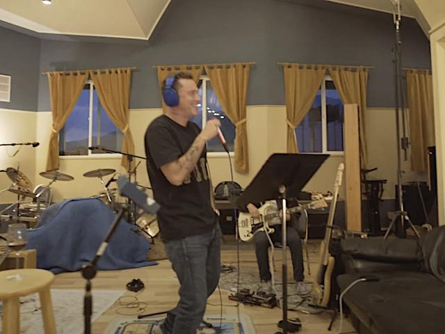 """Logic perform """"Live from the Country"""" und es macht richtig Spaß!"""