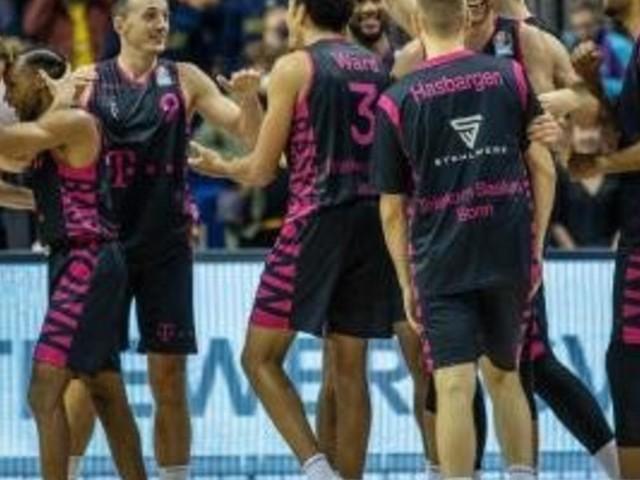 Alba Berlin verliert überraschend Auftakt gegen Bonn
