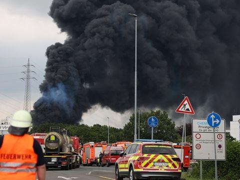 Unfall im Chempark - Nach Explosion in Leverkusen: Warnung vor Giftwolke
