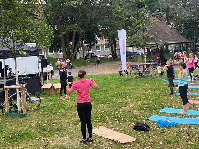 Freizeit und Sport: Vom Stadewäldchen bis zum Keuningpark: Fast 400 Teilnehmende tanzten bei #movetothemusic
