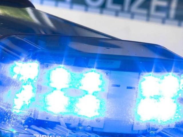 Unglück bei Regensburg - Toter Radfahrer liegt stundenlang unbemerkt im Garten