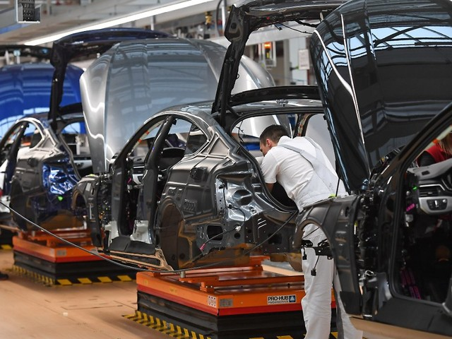 Chipmangel belastet Branche: Audi stoppt Teile der Produktion