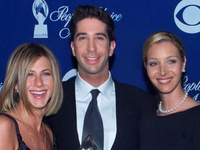 Jennifer Aniston enthüllt SMS, die sie nach Liebesgerüchten mit David Schwimmer erhielt
