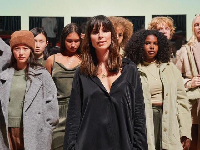 Lena Meyer-Landrut präsentiert mit Modekollektion ein Herzensprojekt