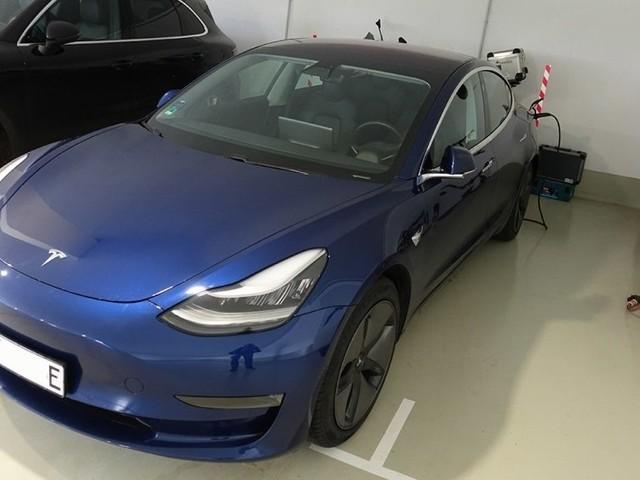 """Kommentar: Tesla, schöner Götterfunken - warum Tesla """"Freude am Fahren"""" im E-Auto richtig macht"""